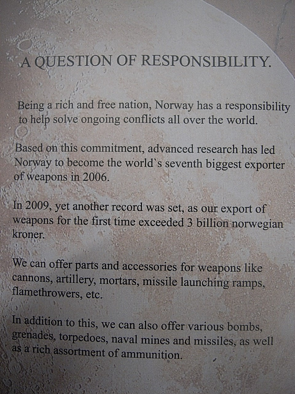 Norwegian ceramic hand grenade